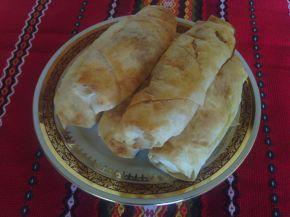 Снимка 2 от рецепта за Турски банички с телешка кайма и лук
