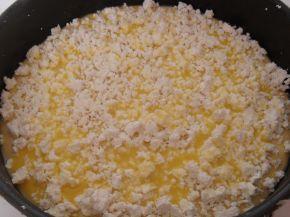 Снимка 4 от рецепта за Тутманик, поръсен със сирене