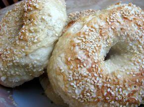 Снимка 2 от рецепта за Варени гевреци със сусам