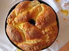 Снимка 2 от рецепта за Великденски козунак с плънка