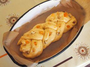 Снимка 4 от рецепта за Великденски козунак с пълнеж