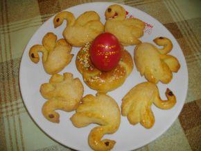 Снимка 2 от рецепта за Великденски курабии - лебеди