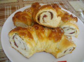 Снимка 7 от рецепта за Великденски венец