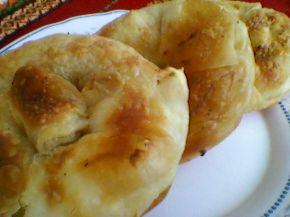 Снимка 4 от рецепта за Вита баница с готови ръчно точени кори