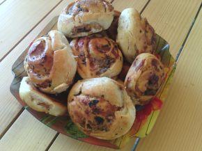 Снимка 2 от рецепта за Вкусни рулца с плънка