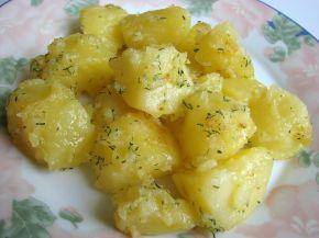 Снимка 1 от рецепта за Задушени в масло картофи