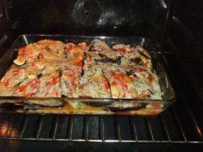 Снимка 9 от рецепта за Запеканка с патладжан и тиквички