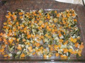 Снимка 2 от рецепта за Запеканка с пилешко филе, тиквички и сварени картофи