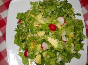 Снимка 2 от рецепта за Зелена салата с авокадо и царевица