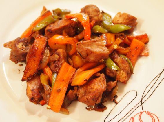 Снимка 1 от рецепта за Свинско със зеленчуци по китайски