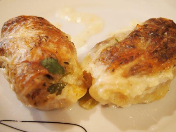 Снимка 1 от рецепта за Печени сармички с млечен сос
