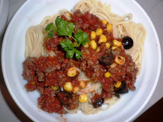 Снимка 1 от рецепта за Спагетини с кайма и още нещо