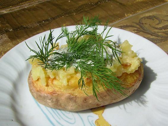 Снимка 1 от рецепта за Пълнено картофче