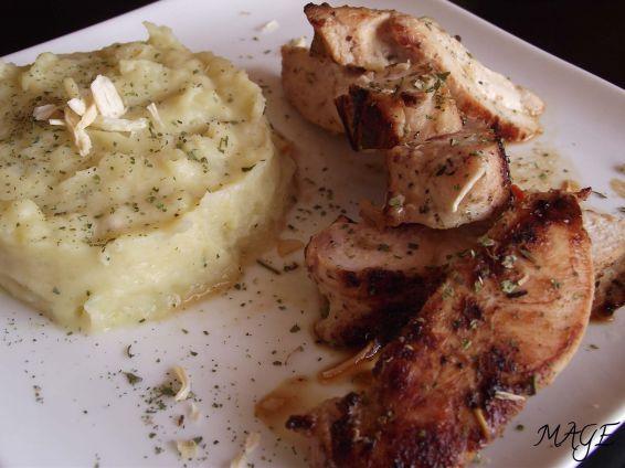 Снимка 1 от рецепта за Пилешко филе с естрагон и пюре от целина