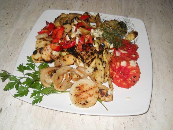 Снимка 1 от рецепта за Зеленчуци на скара