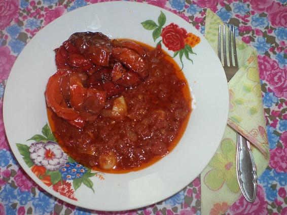 Снимка 1 от рецепта за Пържени камби с доматен сос