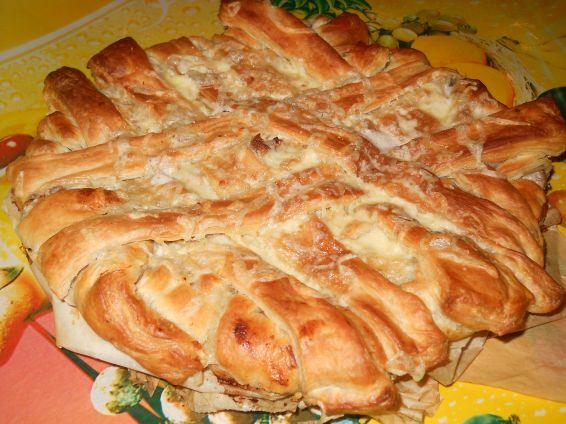 Снимка 1 от рецепта за Пита `Фантазия` от бутер тесто с плънка