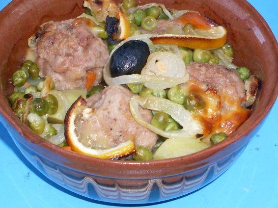 Снимка 1 от рецепта за Кюфтенца в гювеченца
