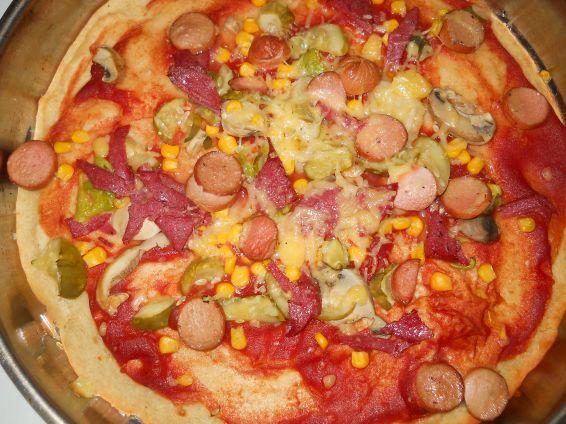 Снимка 1 от рецепта за Домашна пица с бъркано тесто