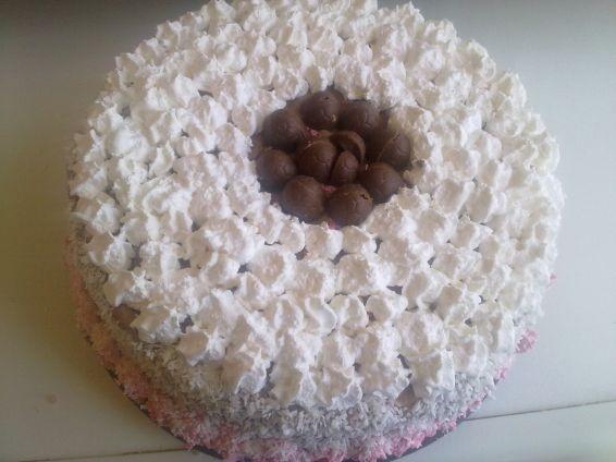 Снимка 1 от рецепта за Бърза и икономична торта