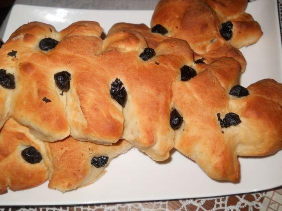 Снимка 1 от рецепта за Празнични хлебчета с маслини
