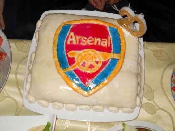 Снимка 1 от рецепта за Фонданова торта `Арсенал`