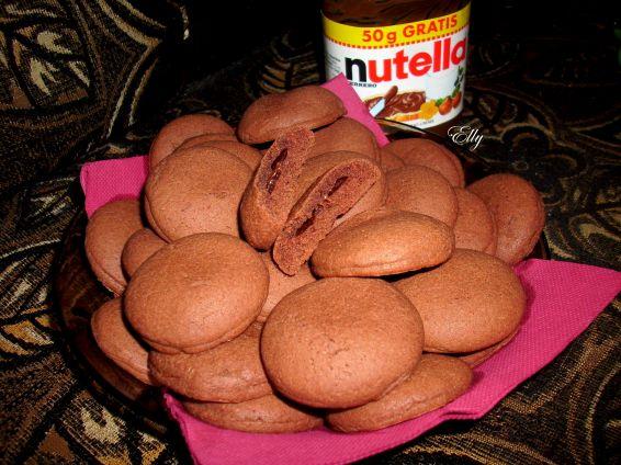Снимка 1 от рецепта за Шоколадови гризби с пълнеж от крем Нутела
