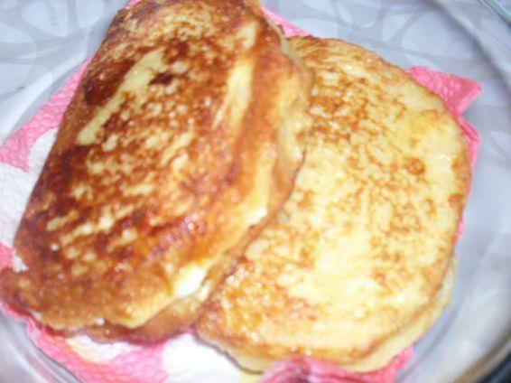 Снимка 1 от рецепта за Панирани сандвичи