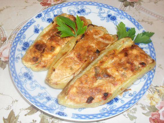 Снимка 1 от рецепта за Пълнен пипер с яйца, сирене и домати