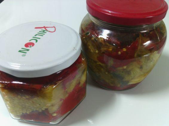 Снимка 1 от рецепта за Печени патладжани и пипер за зимата