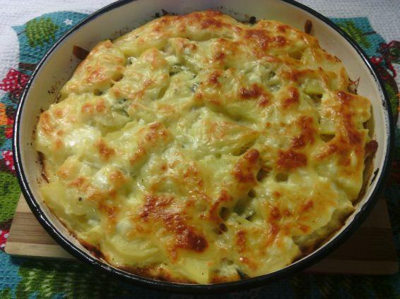 Снимка 1 от рецепта за Запеканка с картофи, шунка и краставички
