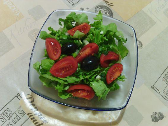 Снимка 1 от рецепта за Прясна салата