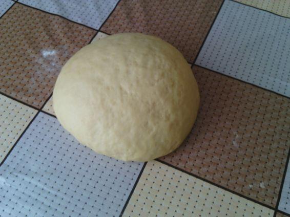 Снимка 1 от рецепта за Универсално тесто за сладки и солени кифлички, пити, тутманици