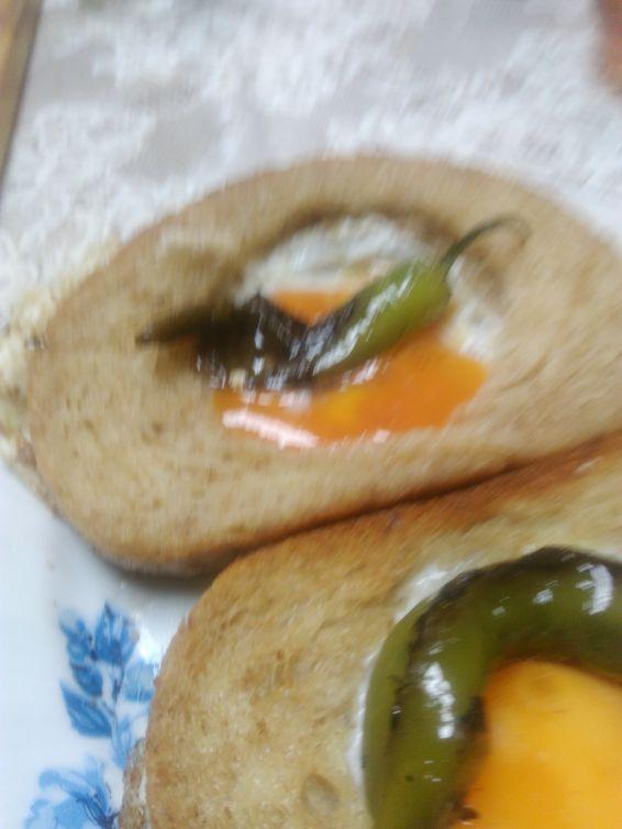 Снимка 1 от рецепта за Бързи пържени яйца