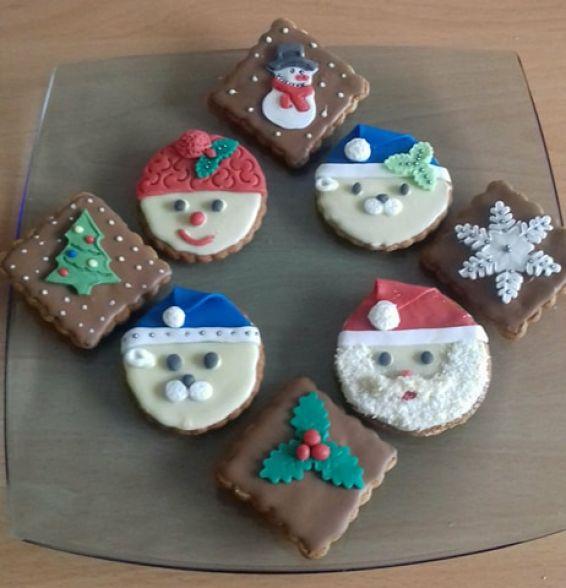 Снимка 1 от рецепта за Коледни меденки