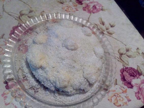 Снимка 1 от рецепта за Сиропиран сладкиш `Рафаело`