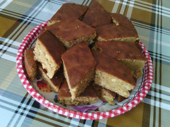 Снимка 1 от рецепта за Сладкиш с ябълки и кафява захар