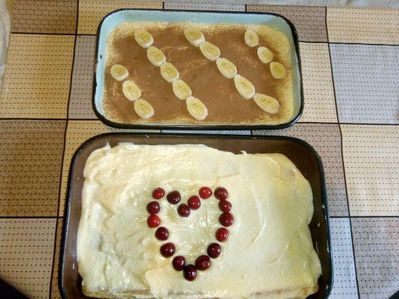 Снимка 1 от рецепта за Торта с бишкоти и крем Шантили
