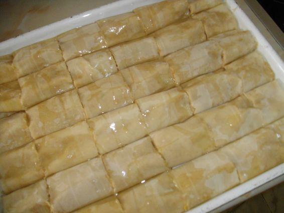 Снимка 3 от рецепта за Баклавички с локум