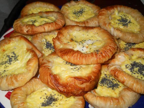 Снимка 8 от рецепта за Банички - слънчогледи