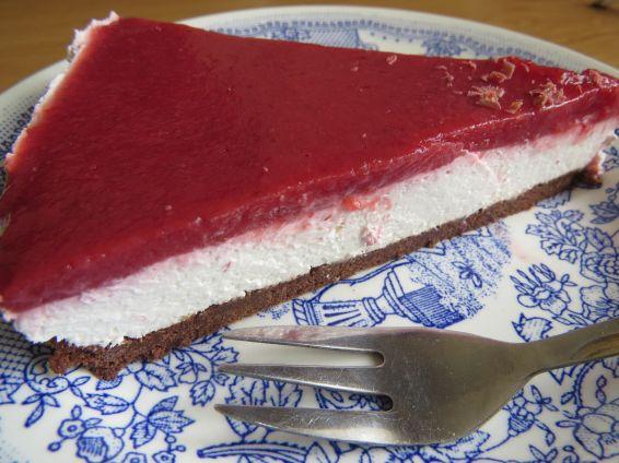 Снимка 1 от рецепта за Чийзкейк със замразени ягоди
