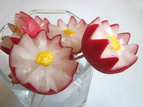 Снимка 1 от рецепта за Цветя от репички
