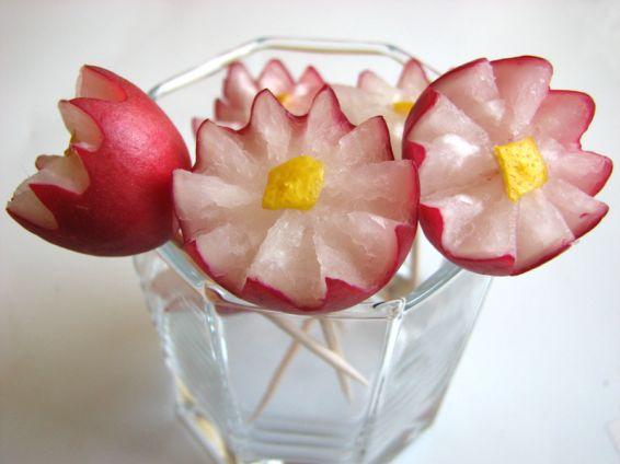 Снимка 2 от рецепта за Цветя от репички