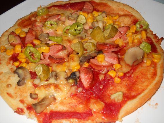Снимка 3 от рецепта за Домашна пица с бъркано тесто