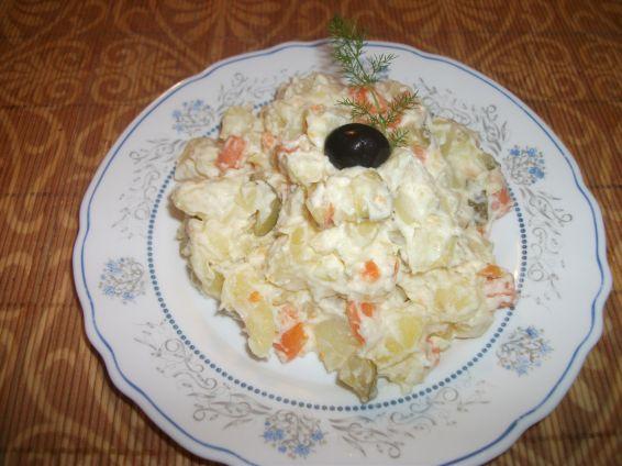 Снимка 4 от рецепта за Домашна руска салата