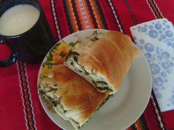 Снимка 3 от рецепта за Домашноточена закуска със спанак и сирене