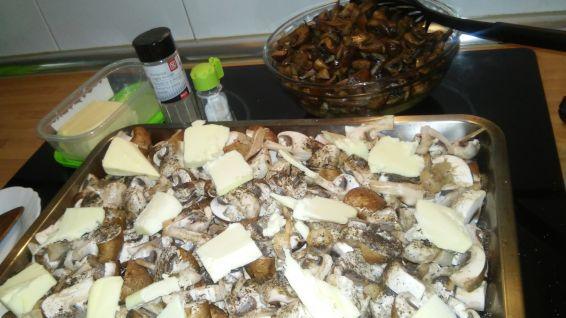 Снимка 4 от рецепта за Гъби с масло на фурна
