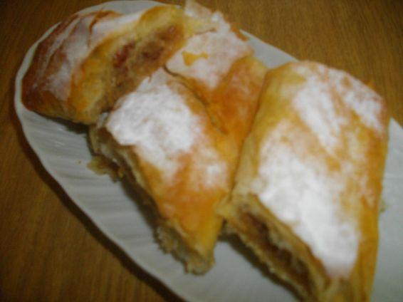 Снимка 5 от рецепта за Ябълков щрудел с лешници