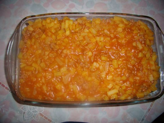 Снимка 3 от рецепта за Картофи с кайма