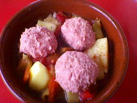Снимка 3 от рецепта за Кюфтенца в гювеченца